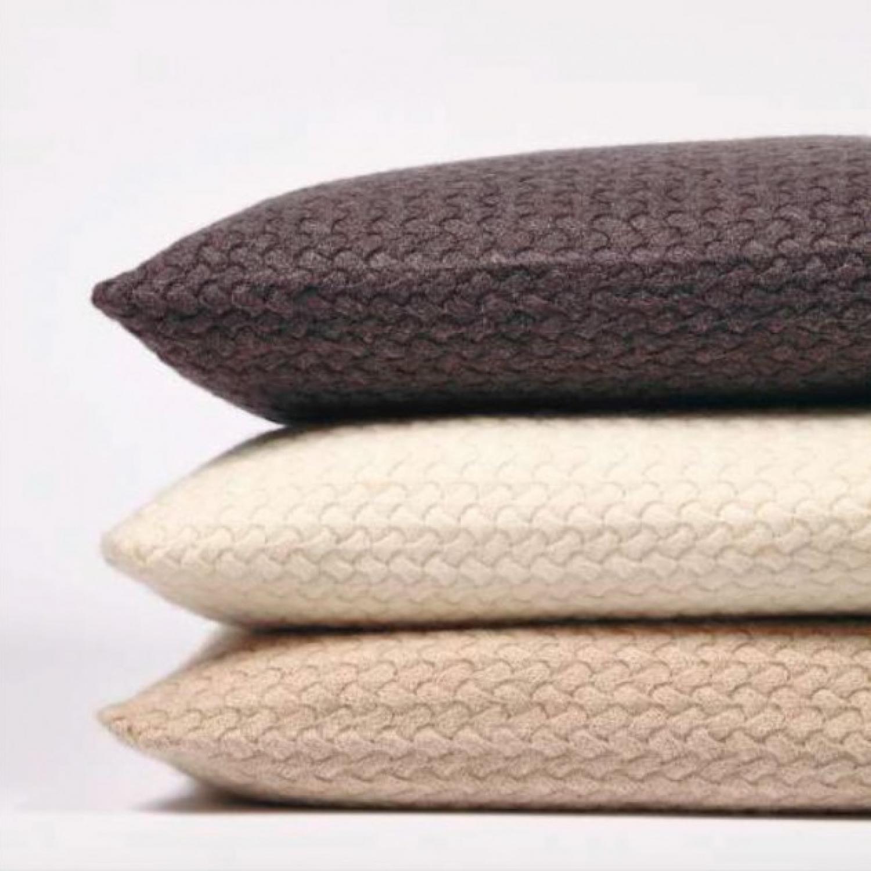 cashmere pillows oyuna