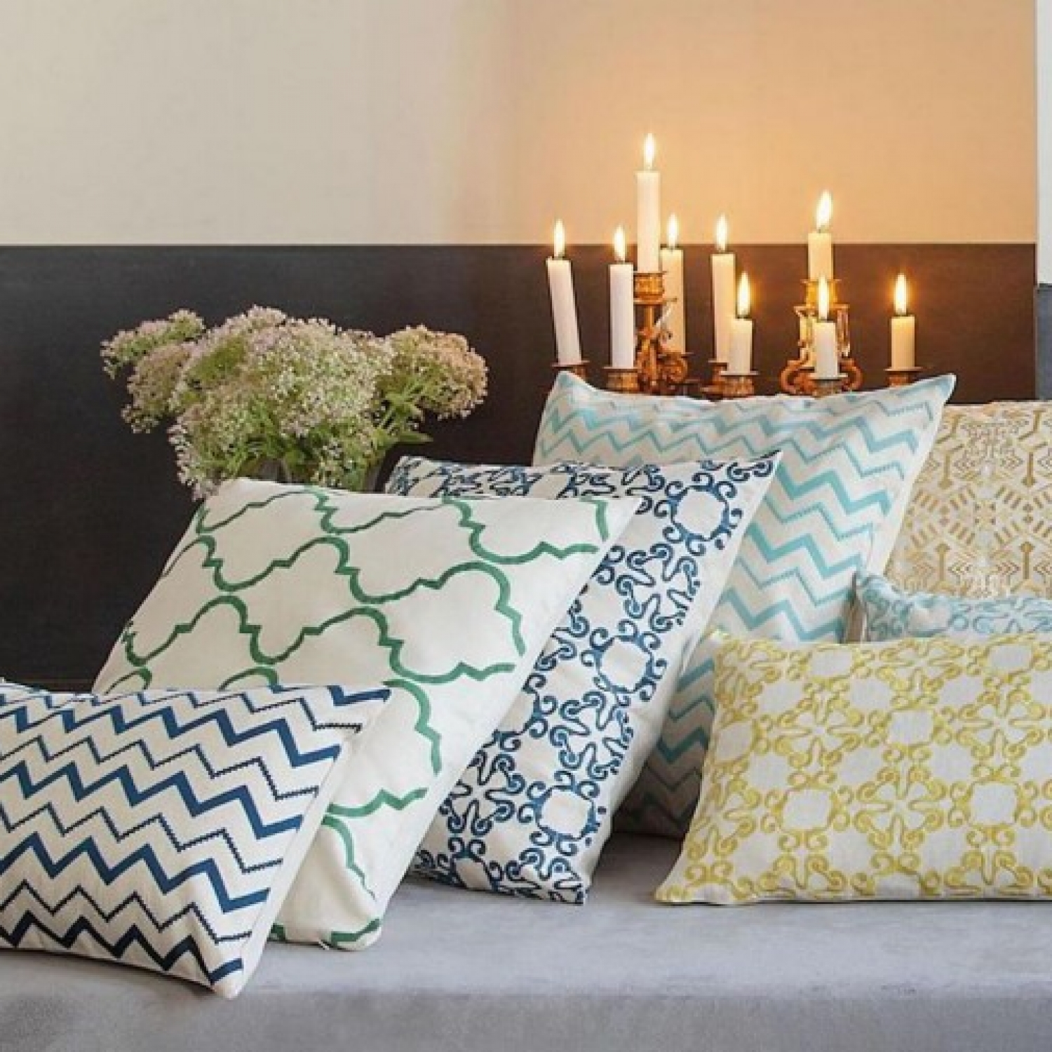 decor cushions with geometrical patterns