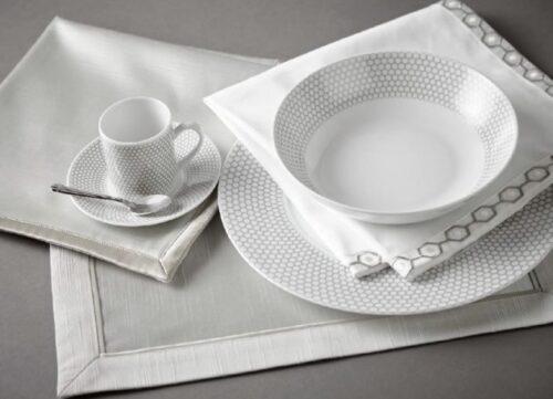white_table_linen