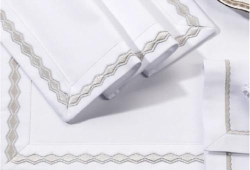 cotton_tablecloth_white_silver