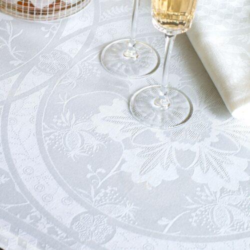 COTTON_white_tablecloth